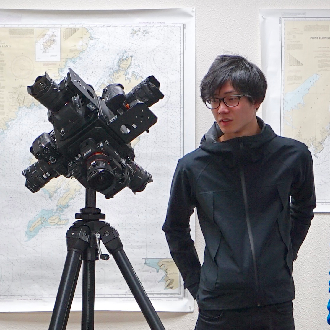 Shimizu participated in the TDK Aurora Project, a project to film an aurora in 360 degrees at the highest resolution in the world to date, as a video creator.
