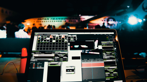 Projection mapping to JTA airplane