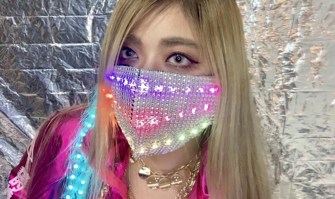 爆アゲビート♡音に反応して光るマスク